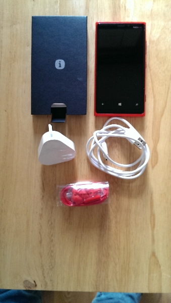 lumia-box-contents