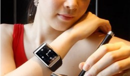 samsung_watch_phone3
